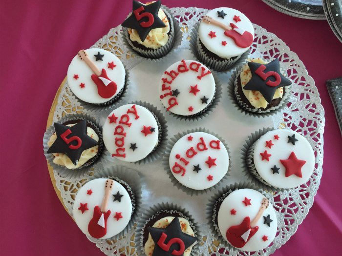 cupcake.POPSTAR